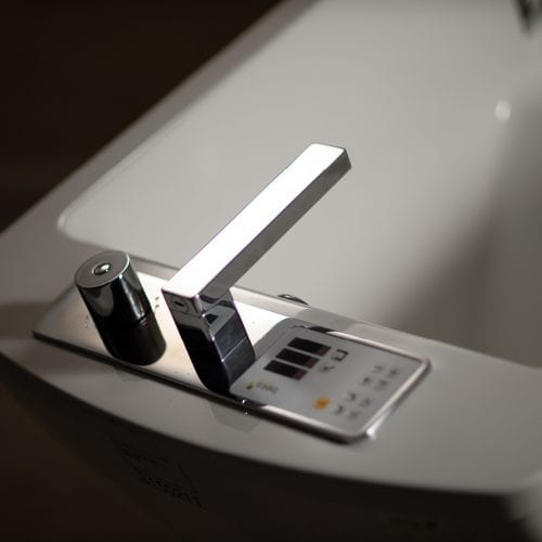 Motion Height Adjustable and Reclining Bath