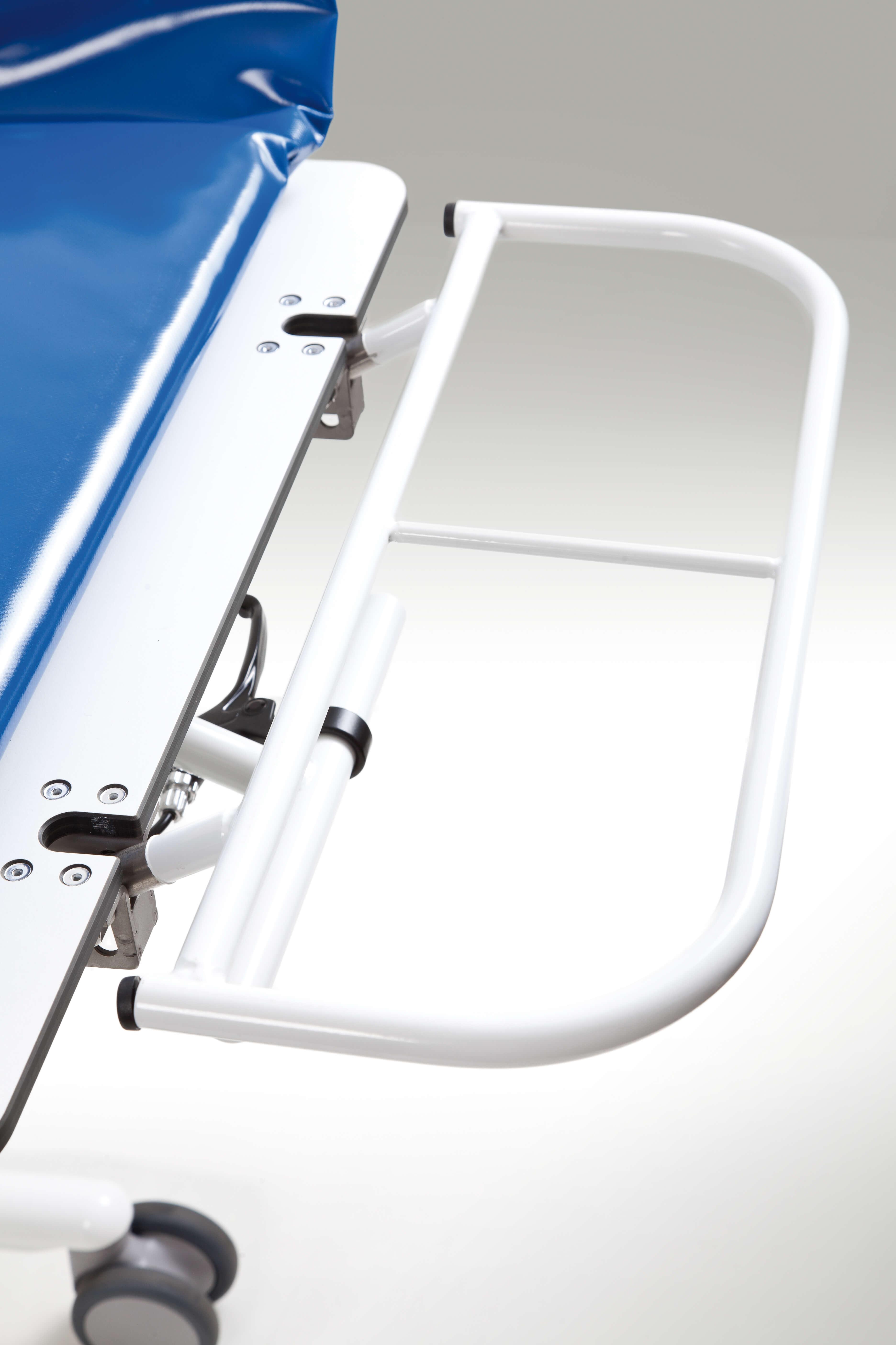 lopital shower sirocco trolley douchebrancard en trolleys left